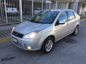 Ford Fiesta Trend 2010 Plata Super Impecable