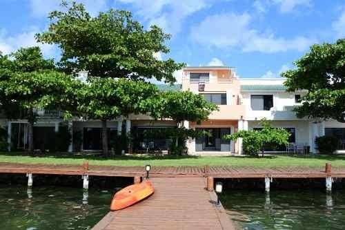 Casa En Venta Y Renta Villa Hechizada Con Vista A La Laguna