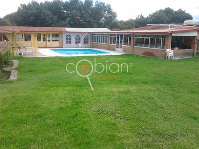 Venta De Casa Incluye Jardin, Cabaña, En Apizaco