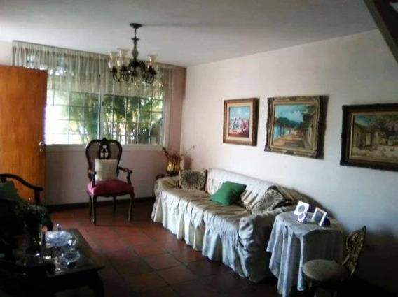 Casa En Alquiler Zona Este Barquisimeto 20-14493 Zegm