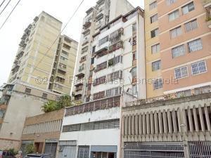Alquiler De Apartamento En La Candelaria / Ac 20-24324