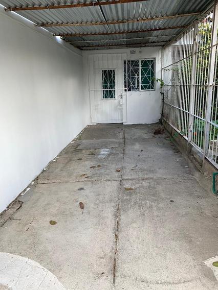 Casa Apartamento Con Seguridad Garaje Y Fondo
