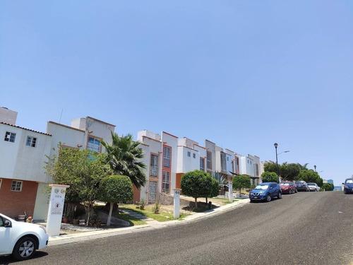 Imagen 1 de 12 de Casa En Renta Boulevard Peña Flor, Ciudad Del Sol, 65341