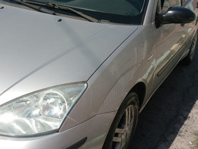 Ford Focus Sedan 2.0 Glx 4p