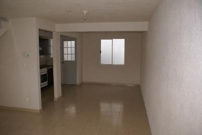 Casa En Renta En Las Américas, Ecatepec
