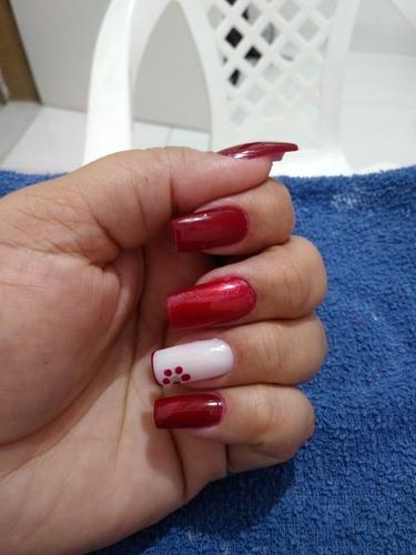 Imagem 1 de 5 de Manicure E Pedicure