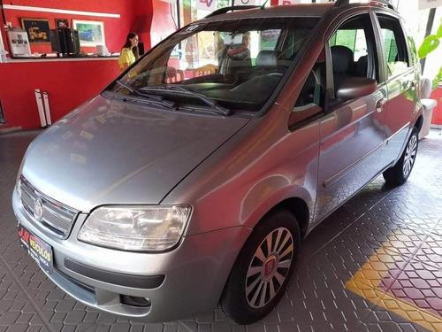 Imagem 1 de 11 de Fiat Idea 2010 1.4 Elx Flex 5p