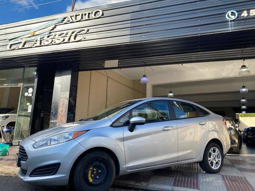 Ford Fiesta Kinetic Design 1.6 Sedan S Plus 2014 Con Gnc