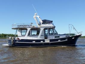 Barco De Acero Naval 3 Cam. 2 Baños Diesel Cummins 300hp