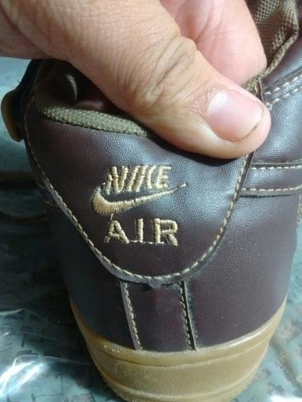 Tênis Nike Air Force One 1 Mid Tamanho 42