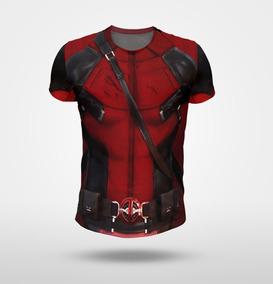 Remera Deadpool Imita Traje - Fullprint