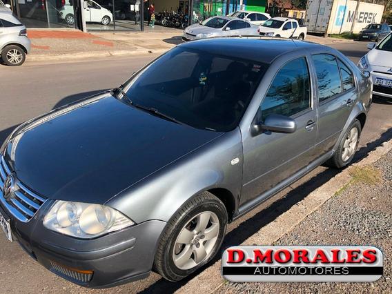 Volkswagen Bora Europea Trend Sedan 2.0 Cc. 2010 - 119.000