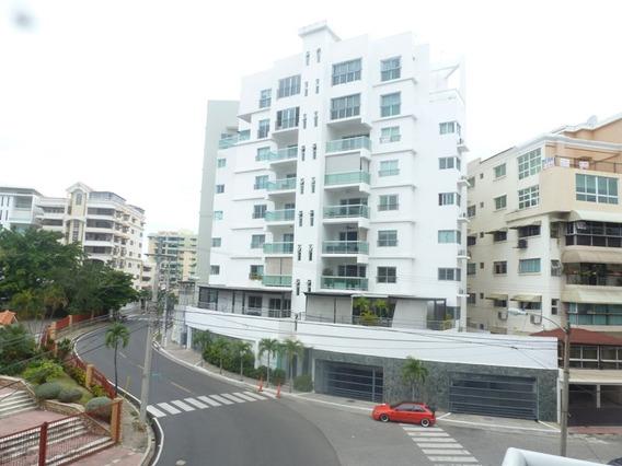 Penthouse En Urbanizacion Renacimiento