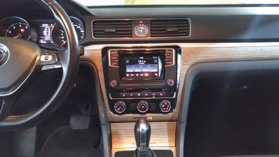 Volkswagen Passat Sedan 4p Sportline L5/2.5 Aut Led