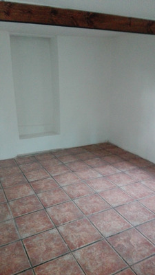 Se Alquila Apartamento Ubicado En Paso De La Arena. Cód.185.
