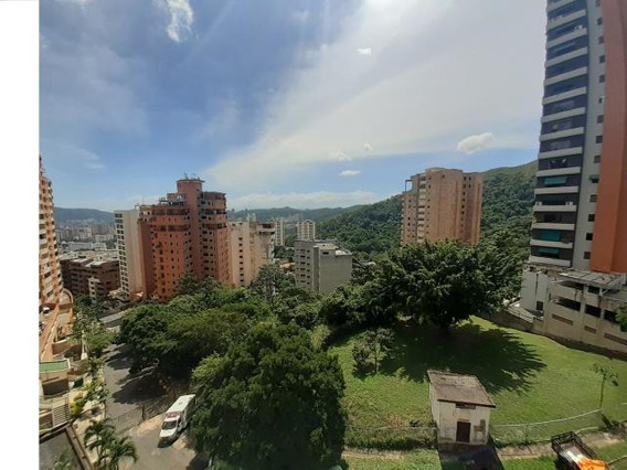 Apartamento En Venta El Parral Mam 20-454