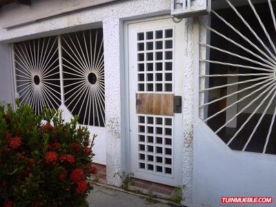 Casa En Venta. Villa Cristobal Colon