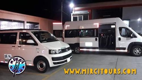 Imagen 1 de 8 de Microbús Volkswagen T5 2013
