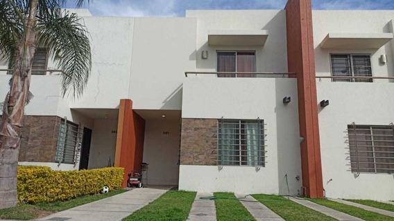 Casa En Venta, Fraccionamiento Alhambra, Zapopan Jal