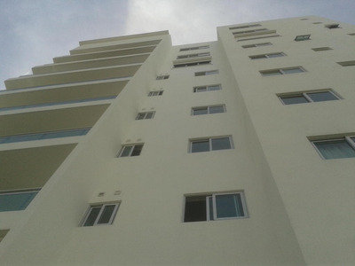 Apartamento En Alquiler 3hab Con Baño Linea Blanca Gym Naco
