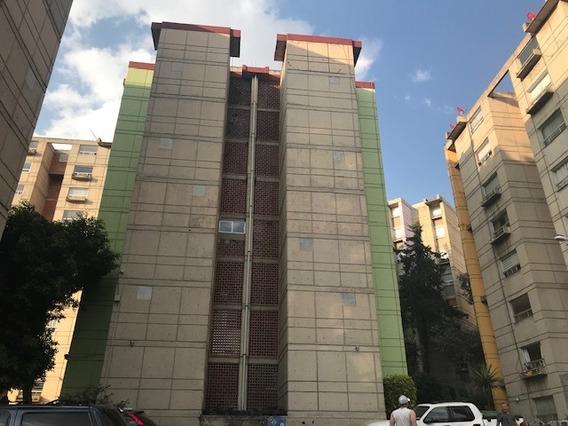 Departamento Recién Remodelado En Pedregal De Carrasco Con Mucha Plusvalia