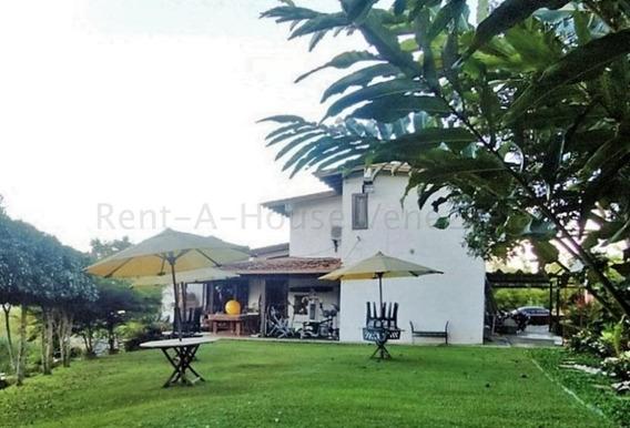 Casa En Venta Mls # 20-9272 Mirna Rodriguez