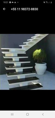 Imagem 1 de 5 de Escadas Pré Moldada