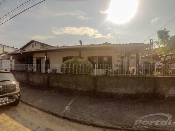 Ótima Casa Com 3 Quartos, 2 Banheiros, 2 Vagas De Garagem. Casa De Esquina No Loteamento América Do Sol. - 3579249