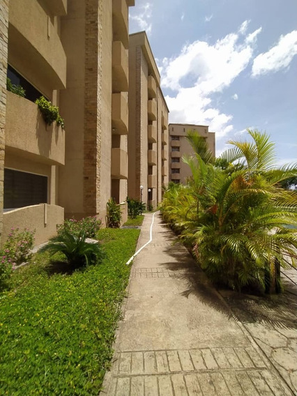 En Venta Moderno Y Comodo Apartamento En Rsd.florida Country