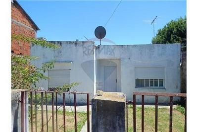 Casa 3 Dormitorios A Reciclar En La Plata