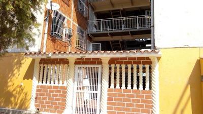 Apartamento Res El Lago Ii Código Flex: 19-7676 Df