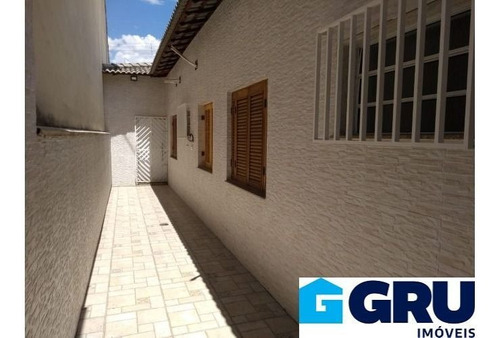 Casa Térrea Localizado No Jardim Santa Mena