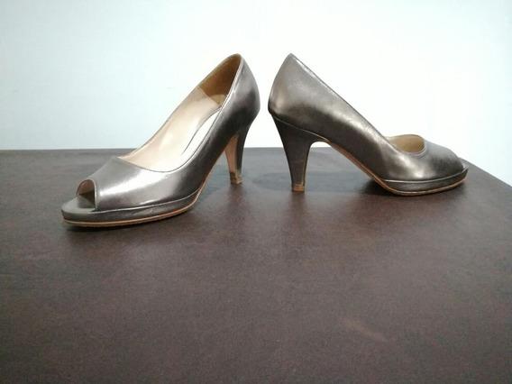 Zapato Cerrado Nuevo Color Peltre Talle 37