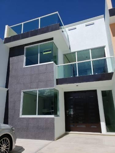Venta Casa En Cuautlancingo . Fracc Urbalia