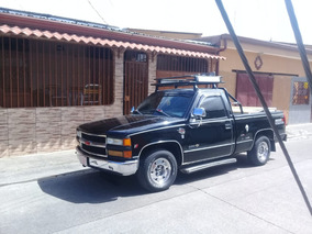 Chevrolet 2 Puertas, Motor V6