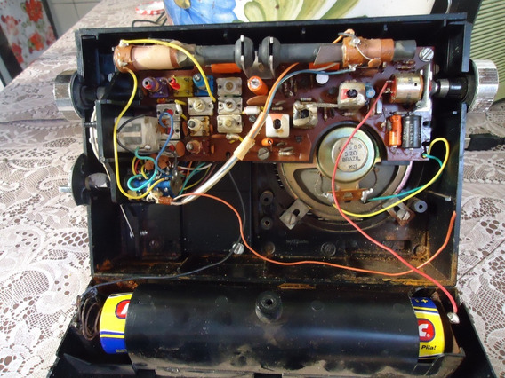 Radio Antigo Motoradio De 6 Faixas Funcionando No Estado