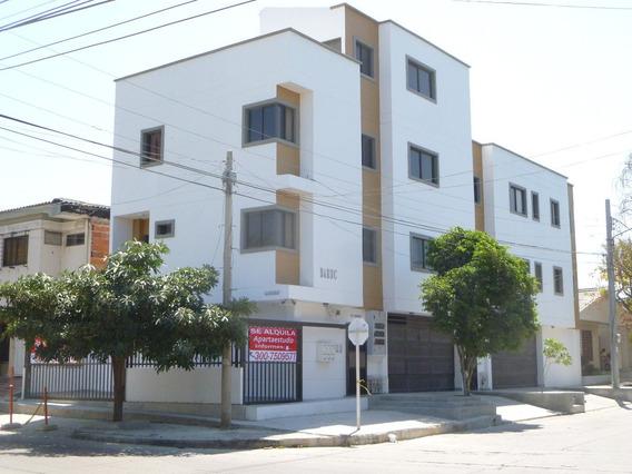 Apartameto , Pen House,1 Cuarto 1 Bano. Garaje Cubierto O No