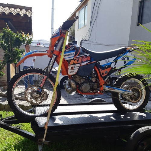 Campeón!! Moto Enduro Ktm 300 **reparada**