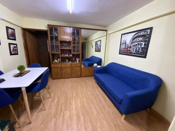 Apartamento En 18 De Julio - Cordón