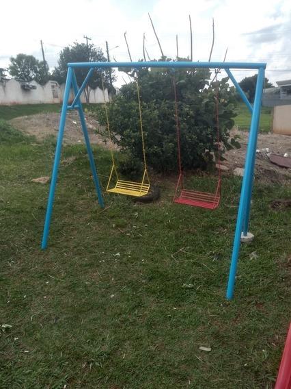 Playground, Balanço, Escorrega E Gangorra