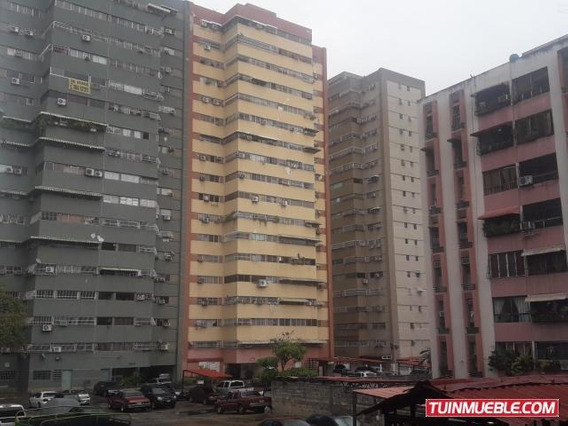 Apartamento En Venta Urb Base Aragua, Maracay 19-