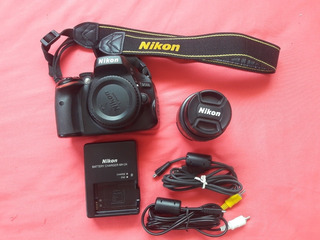 Cámara Nikon D5100 + Lente 50mm Nikkor