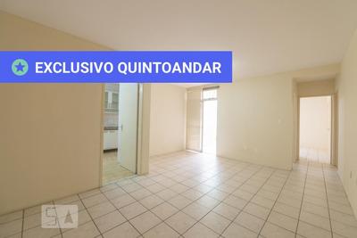 Apartamento No 3º Andar Mobiliado Com 2 Dormitórios E 1 Garagem - Id: 892910570 - 210570