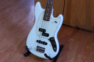 Fender Mustang Bass Pj Hecho En México