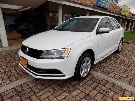 Volkswagen Jetta Trendline 2.0 At Aa