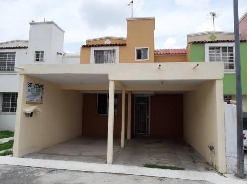 Casa En Coto Priv. Villas De La Hacienda Por Clinica 180 Ims