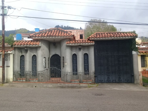 Casa + Apartamento + Apartamento Obra Negra N Los Criollitos