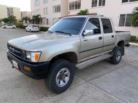 Toyota Hilux Doble Cabina Motor Nuevo