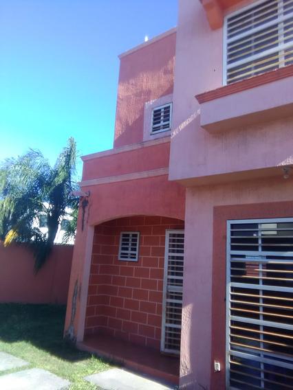 Casa A La Venta En Col. Ex Hacienda San Francisco, Apodaca, Nl.