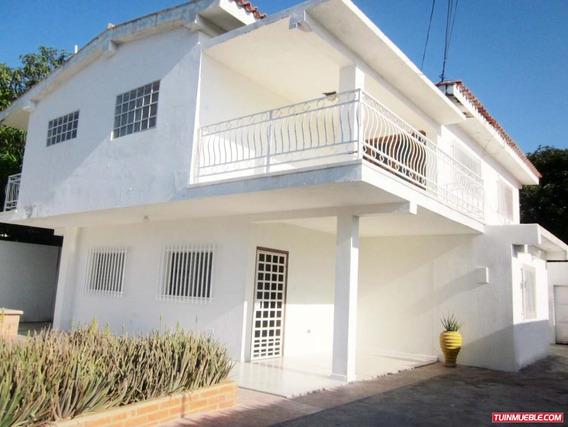 Casas En Venta Cumaná. Parcelamiento Miranda A
